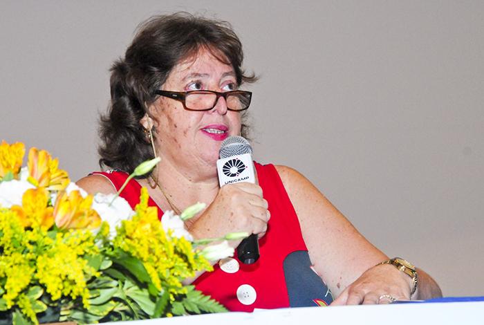 A pró-reitora de Pesquisa, Gláucia Pastore