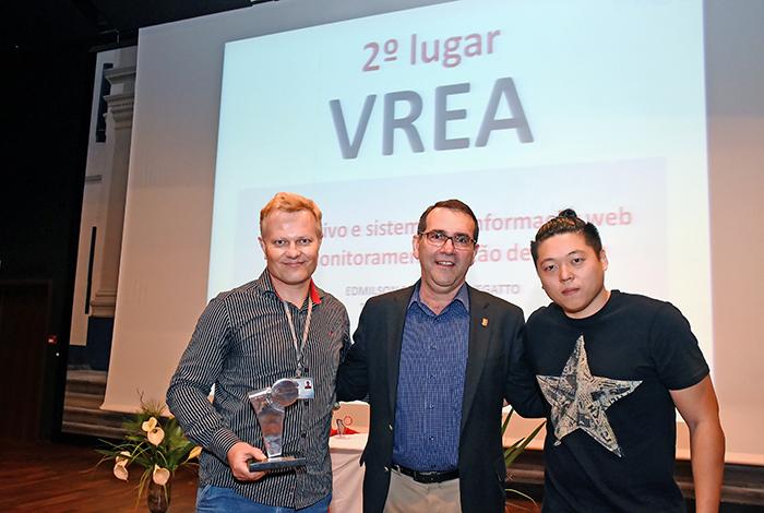 2º lugar: Alvaro Crósta e premiados