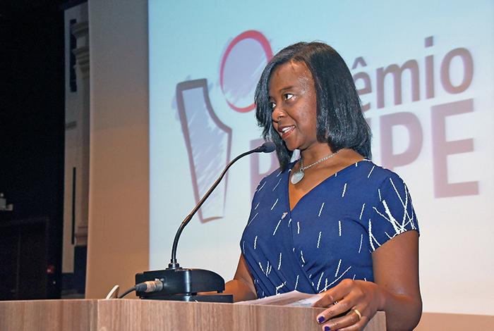 Ademilde Félix, presidente da comissão organizadora do Prêmio Paepe