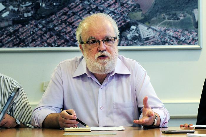 Reitor José Tadeu Jorge