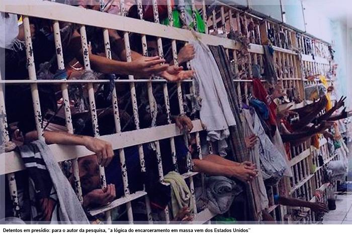 """Detentos em presídio: para o autor da pesquisa, """"a lógica do encarceramento em massa vem dos Estados Unidos"""""""