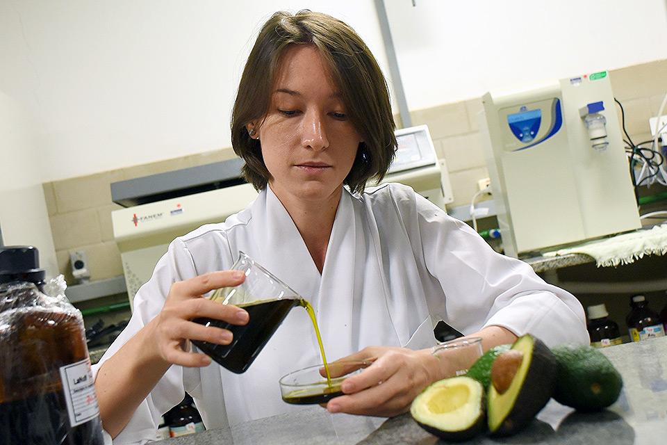Nutricionista Cibele P. B. Furlan