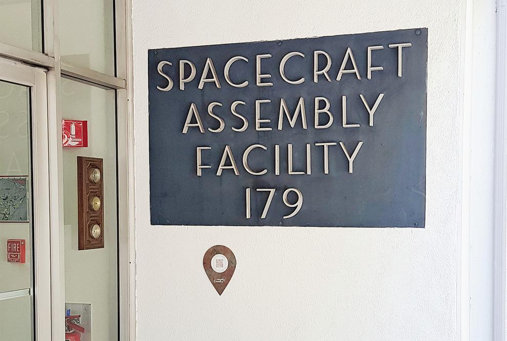 Entrada do Laboratório de Montagem de Espaçonaves do JPL/NASA
