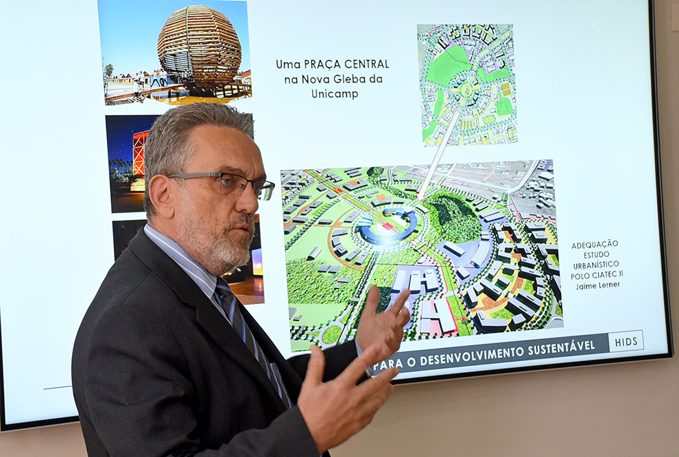 Professor Marco Aurélio Pinheiro Lima