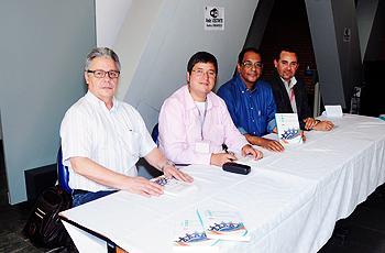 Alguns dos autores do livro