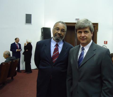 Oswaldo Luís Alves e Ronaldo Pilli, novos membros da Aciesp, em cerimônia de posse no Palácio dos Bandeirantes