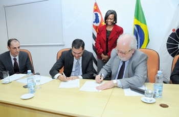 Zigomar Menezes de Souza toma posse