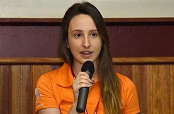A aluna Fernanda Mazon, organizadora do evento