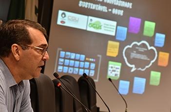 Alvaro Crósta é o presidente do COUS