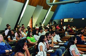 Público do fórum realizado no Centro de Convenções