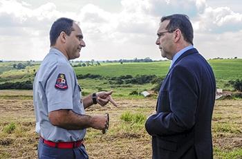 Comandante José Luís Salomão e Alvaro Crósta