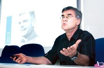 Carnielli fala do legado do matemático