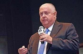 O deputado estadual Barros Munhoz