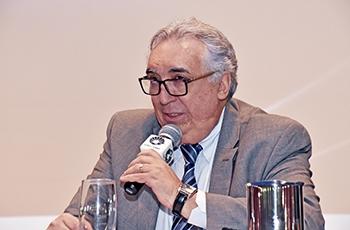 Cármino de Souza, secretário de Saúde