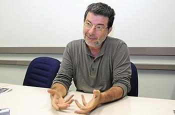Fernando de Tacca, curador da mostra