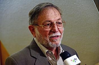 O reitor Hermano Tavares (1998-2002)