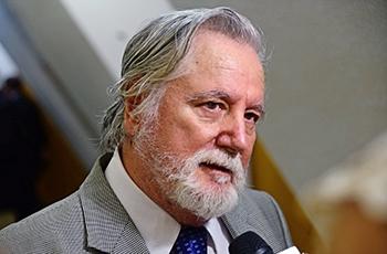 O reitor José Martins Filho (1994-1998)
