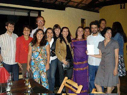 Parte do Grupo de Trabalho Odorico Mendes durante o lançamento dos livros: trabalho de fôlego (Foto: Divulgação/Reprodução)