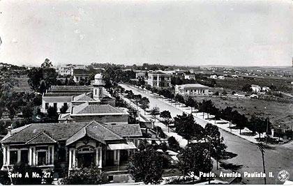 Avenida Paulista no início do século 20: grandes vias eram versões locais dos bulevares parisienses (Foto: Reproducao)