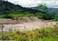 Pilha de rejeito proveniente do beneficiamento do minério de chumbo: perigo a céu aberto