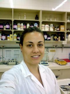 A bióloga Kethlen Rose Inácio da Silva: