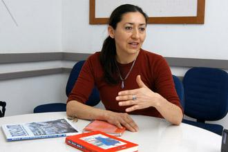 """Elba Guillermina Soto Veloso, autora do livro:"""" Espero levar uma contribuição para o avanço na interlocução entre os mapuche e os chilenos"""" (Foto:Antoninho Perri/Divulgação)"""