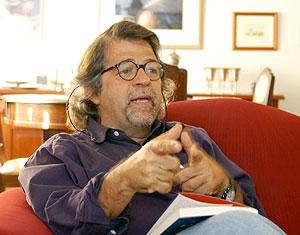 """O sociólogo Ricardo Antunes: """"O intelectual em geral é uma abstração"""" (Foto: Antoninho Perri)"""